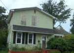 Foreclosed Home en LAUREL ST, Riverside, NJ - 08075