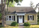 Foreclosed Home en MIDDLE TPKE E, Manchester, CT - 06040