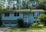 Foreclosed Home en COOPER LN, Stafford Springs, CT - 06076