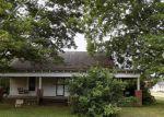 Foreclosed Home en SIDNEY AVE, Burlington, NC - 27217
