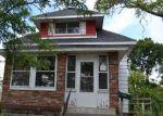Foreclosed Home en BURTON ST SW, Wyoming, MI - 49519