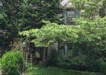 Foreclosed Home en WOODSIDE AVE, Trenton, NJ - 08618