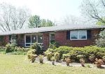 Foreclosed Home en SWIFT CREEK RD, Hartsville, SC - 29550