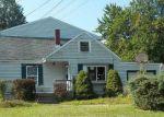Foreclosed Home en ROBERTS RD, Eastlake, OH - 44095