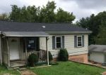 Foreclosed Home en VALLEY VIEW AVE, Saint Albans, WV - 25177