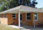 Foreclosed Home en N OHIO ST, Tuscola, IL - 61953