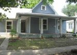 Foreclosed Home en E 6TH AVE, Winfield, KS - 67156