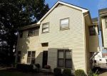 Foreclosed Home en S 1ST ST, Louisville, KY - 40203