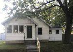Foreclosed Home en WALTON AVE SW, Grand Rapids, MI - 49548
