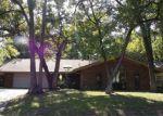 Foreclosed Home en NW HEINZWOOD CIR, Lawton, OK - 73505