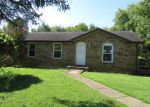 Foreclosed Home en WELCHWOOD DR, Clarksville, TN - 37040