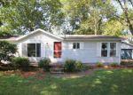 Foreclosed Home en CEDAR ST, Shepherdsville, KY - 40165