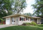 Foreclosed Home en N FREDERICK AVE, Oelwein, IA - 50662