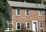 Foreclosed Home en HOLCOMB RD, Chester, MA - 01011