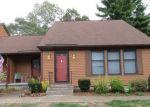 Foreclosed Home en WARE RD, Belchertown, MA - 01007