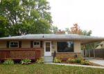 Foreclosed Home en E SYRINGA DR, Lansing, MI - 48910