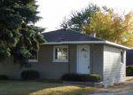 Foreclosed Home en W HOUGHTON LAKE DR, Houghton Lake, MI - 48629
