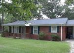 Foreclosed Home en COKESBURY RD, Fuquay Varina, NC - 27526