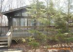 Foreclosed Home en SOUTHWYND DR, Milford, PA - 18337