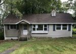 Foreclosed Home en COON DEN RD, Highland Lakes, NJ - 07422