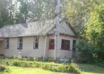 Foreclosed Home en CANTERBURY RD, Plainfield, CT - 06374
