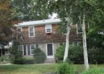 Foreclosed Home en SWEET BRIAR LN, West Warwick, RI - 02893