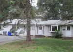 Foreclosed Home en BOOTH ST, Enfield, CT - 06082
