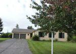Foreclosed Home en NOKOMIS LN, Elgin, IL - 60124