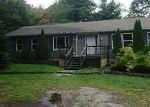 Foreclosed Home en CATLIN RD, Averill Park, NY - 12018