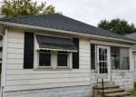 Foreclosed Home en W LYTLE ST, Fostoria, OH - 44830