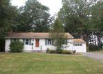Foreclosed Home en WOODBINE ST, Hamden, CT - 06517
