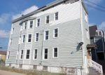 Foreclosed Home en WORDIN AVE, Bridgeport, CT - 06605