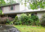 Foreclosed Home en SUMMERWOOD RD, Farmington, MI - 48334