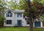Foreclosed Home en ESCOLL DR, East Stroudsburg, PA - 18301