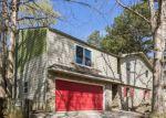 Foreclosed Home en ERICA CIR, Douglasville, GA - 30135