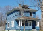Foreclosed Home en CHANEY AVE, Tupper Lake, NY - 12986