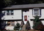 Foreclosed Home en FOUNTAINHEAD RD, Terryville, CT - 06786