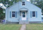 Foreclosed Home en OXFORD DR, East Hartford, CT - 06118