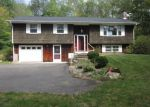 Foreclosed Home en W MAIN ST, Amston, CT - 06231