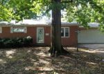 Foreclosed Home en RONEY DR, Granite City, IL - 62040