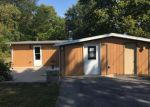 Foreclosed Home en E OLD PINE BLUFF RD, Morris, IL - 60450