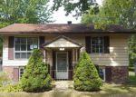 Foreclosed Home en ROOSEVELT DR, Geneva, OH - 44041