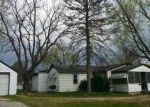 Foreclosed Home en S 17TH ST, Belleville, IL - 62226
