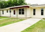 Foreclosed Home en STAGECOACH LN, San Antonio, TX - 78227