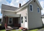 Foreclosed Home en MAPLE AVE, Barre, VT - 05641