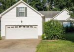 Foreclosed Home en KENDRA CT S, Clarksville, TN - 37040