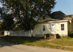 Foreclosed Home en E THORN ST, Marion, IL - 62959