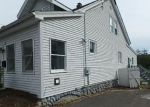 Foreclosed Home en TRACY AVE, Waterbury, CT - 06706