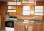 Foreclosed Home en E CHAPEL ST, Canastota, NY - 13032