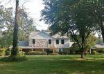 Foreclosed Home en LAKERIDGE LN, Texarkana, TX - 75503